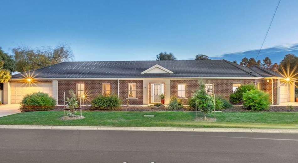 14 Bradby Avenue, Mount Clear VIC 3350