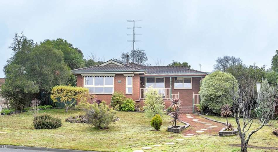 102 Mansfield Avenue, Mount Clear VIC 3350