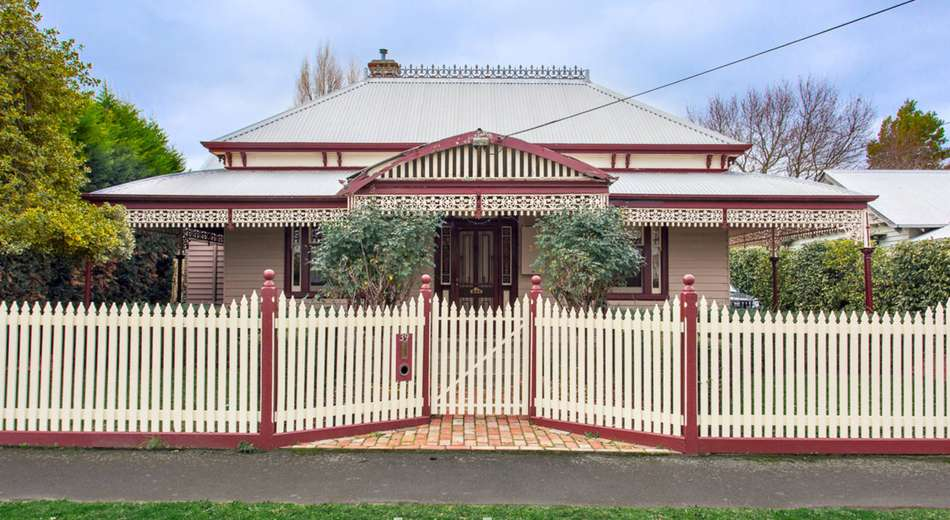 39 Eastwood Street, Bakery Hill VIC 3350