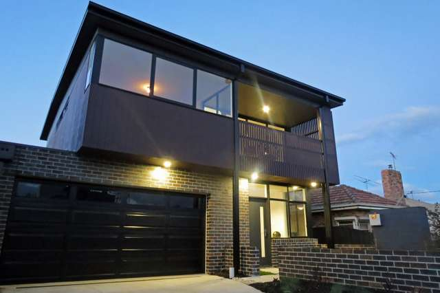 1/18 Clonard Avenue, Geelong West VIC 3218