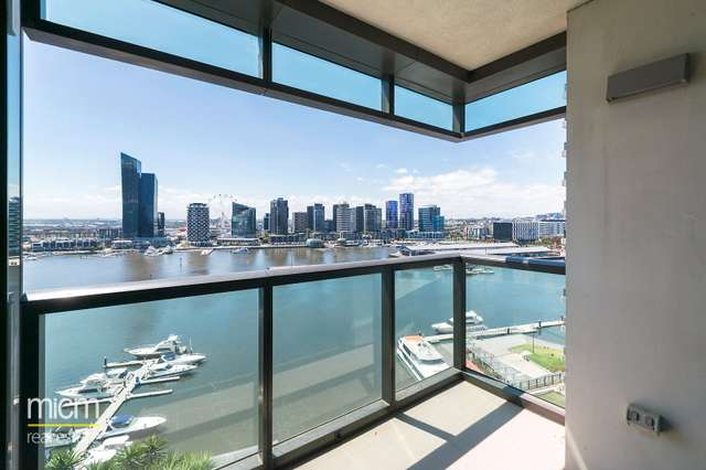 135/8 Waterside Place, Docklands VIC 3008
