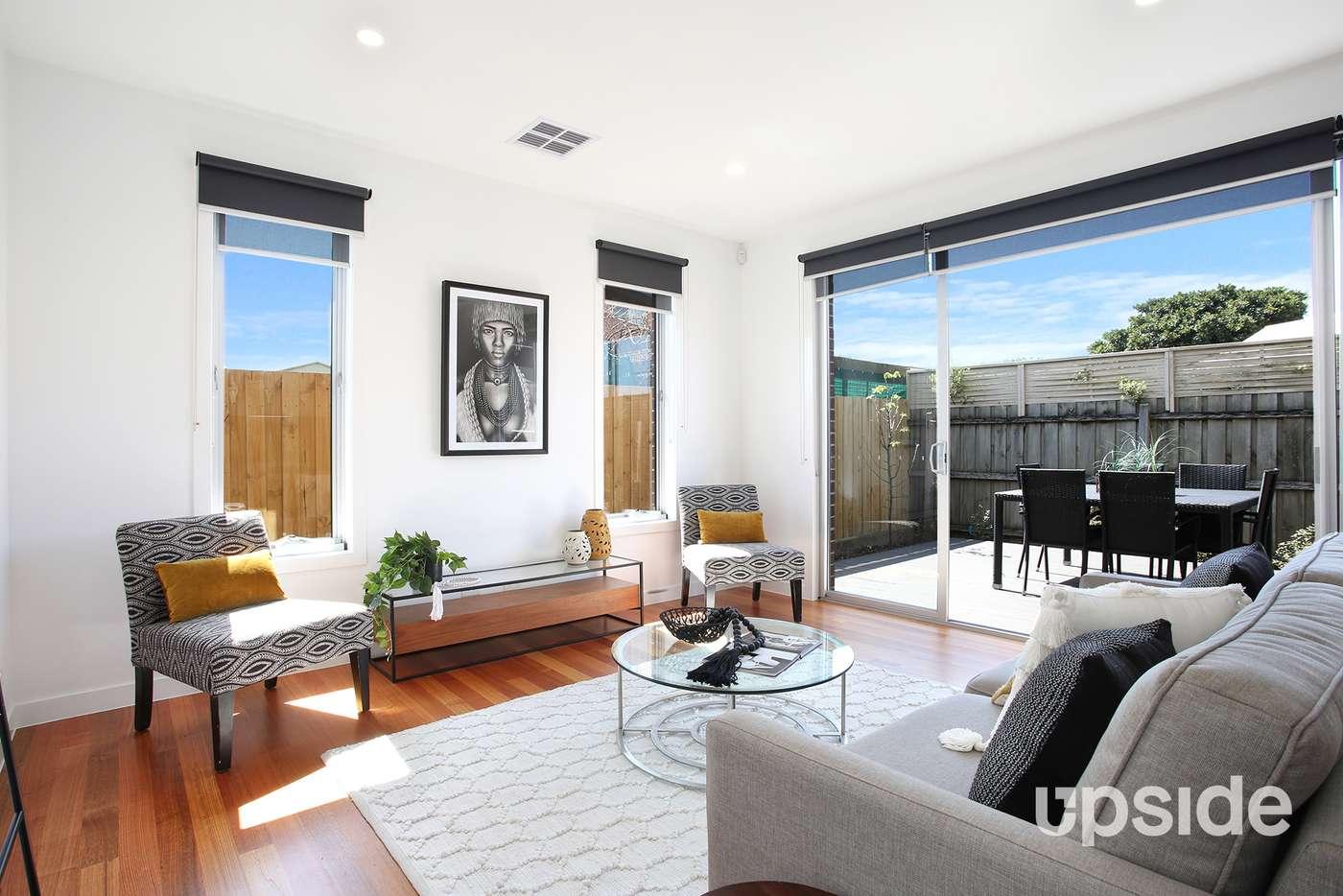 Main view of Homely unit listing, 2/26 Mckellar Street, Watsonia VIC 3087