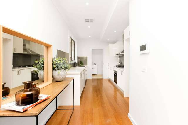 2/151 Wattle Valley Road, Camberwell VIC 3124