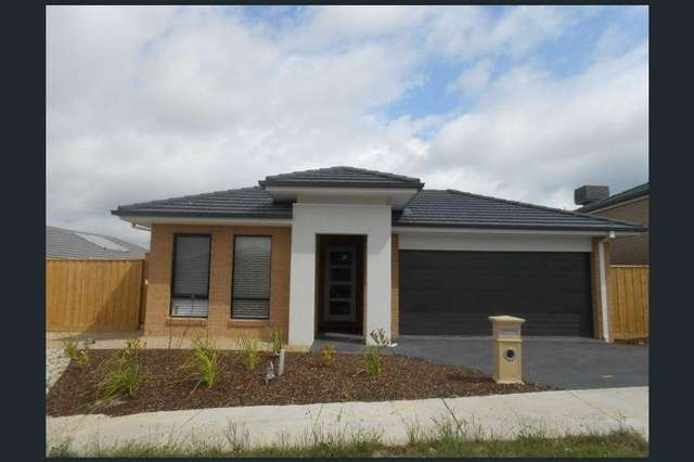 30 Gyrfalcon  Way, Doreen VIC 3754