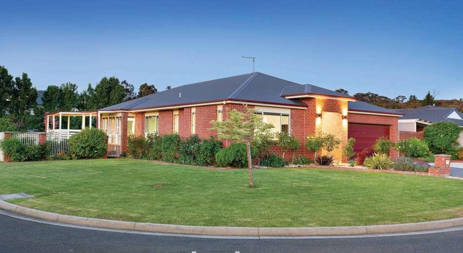 30 Pinevale Way, Ballarat North VIC 3350