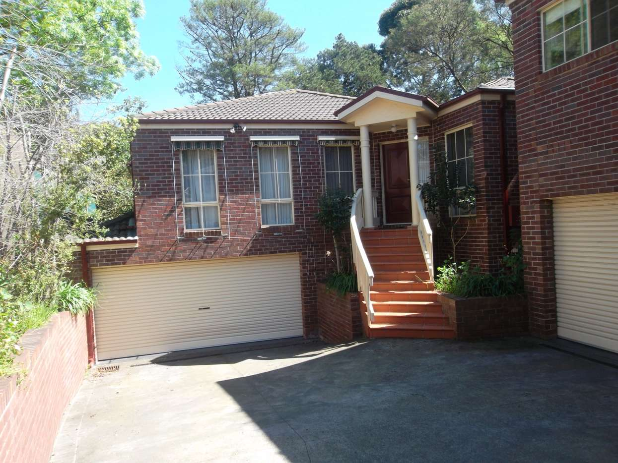 Main view of Homely townhouse listing, 2/41 Dunscombe  Avenue, Glen Waverley, VIC 3150