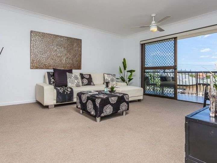 Main view of Homely unit listing, 2/65 Haig Street, Gordon Park, QLD 4031