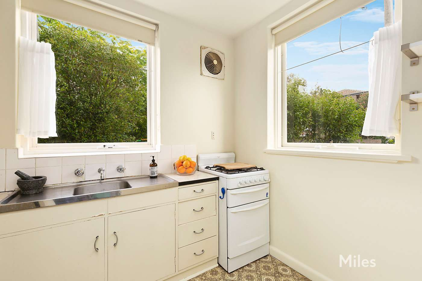 Third view of Homely apartment listing, 1/2 Salisbury Avenue, Ivanhoe VIC 3079