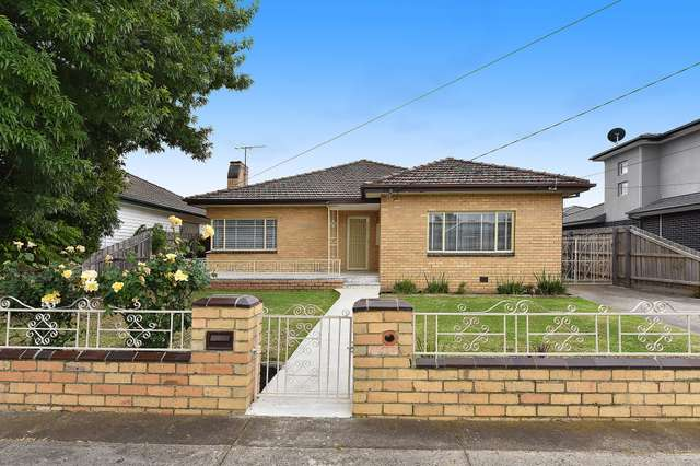 76 McIntosh  Street, Airport West VIC 3042