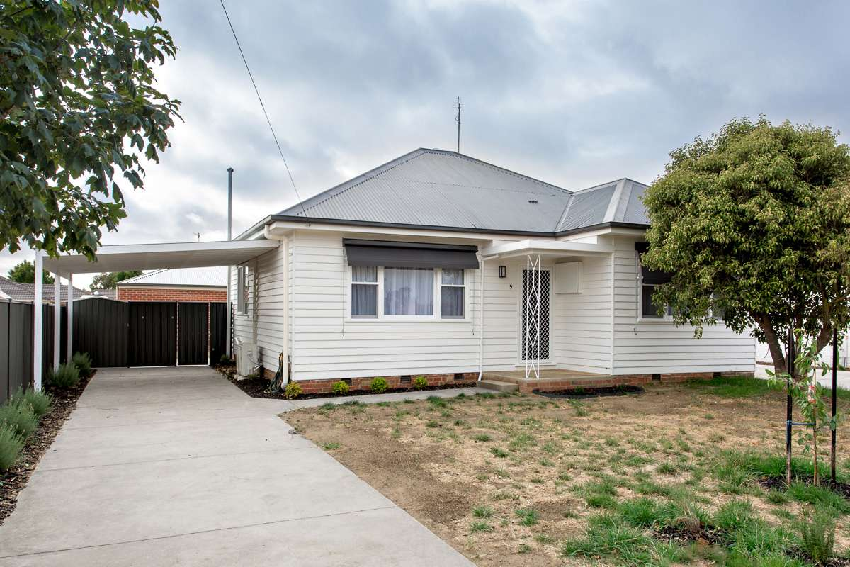 Main view of Homely house listing, 5 Alfred Street, Sebastopol, VIC 3356