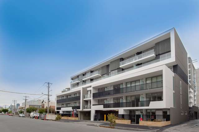 327/70 Nott Street, Port Melbourne VIC 3207
