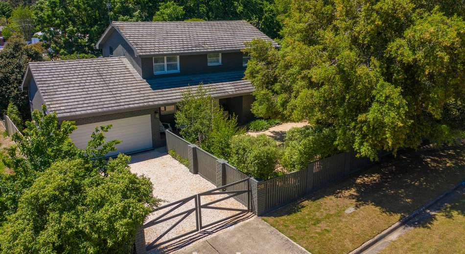 28 Cambridge Street, Creswick VIC 3363