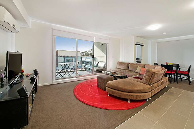 Main view of Homely apartment listing, 11/1110 Glen Huntly Road, Glen Huntly, VIC 3163