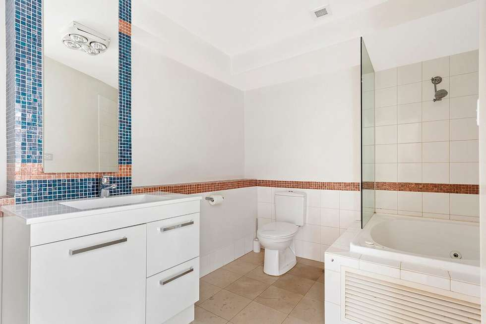 Fourth view of Homely apartment listing, 7A/9 Beach Street, Port Melbourne VIC 3207