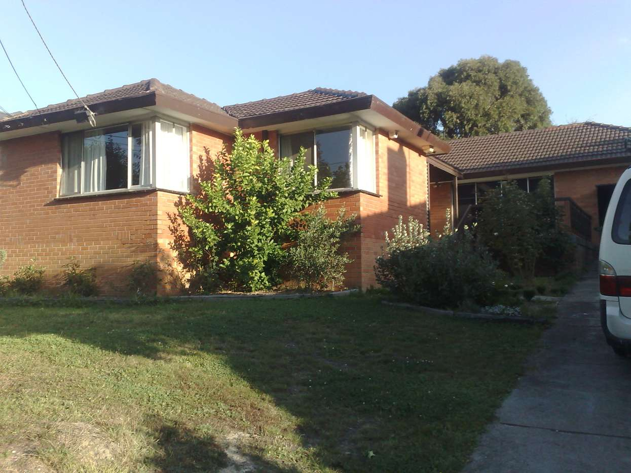 Main view of Homely house listing, 1/34 Sampson Drive, Mount Waverley, VIC 3149