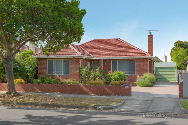 61 Stockdale Avenue, Bentleigh East VIC 3165