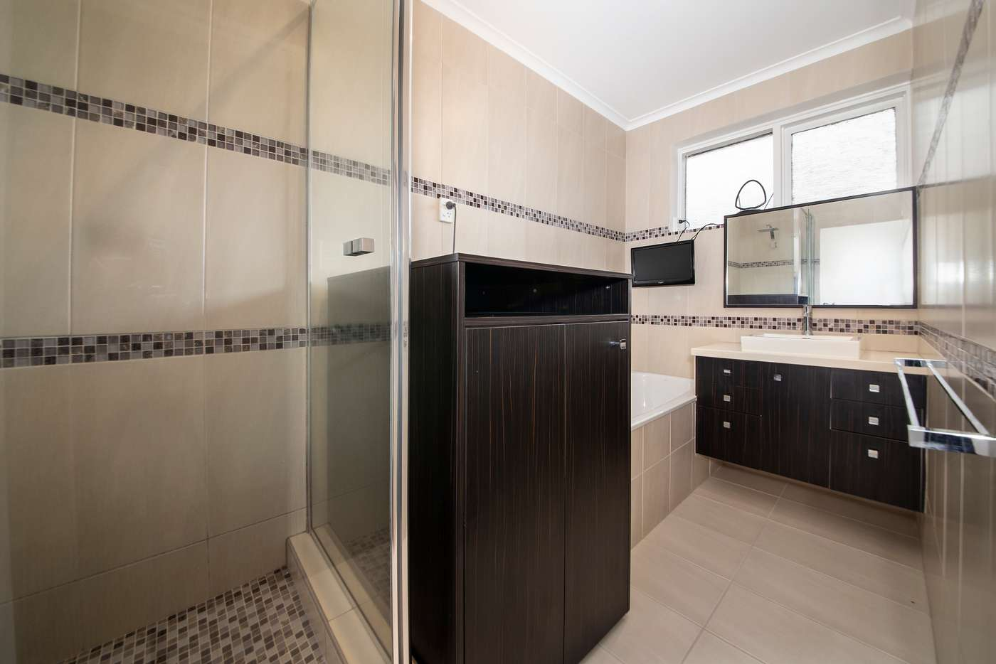 Sixth view of Homely apartment listing, 4/5 Rosedale  Avenue, Glen Huntly VIC 3163