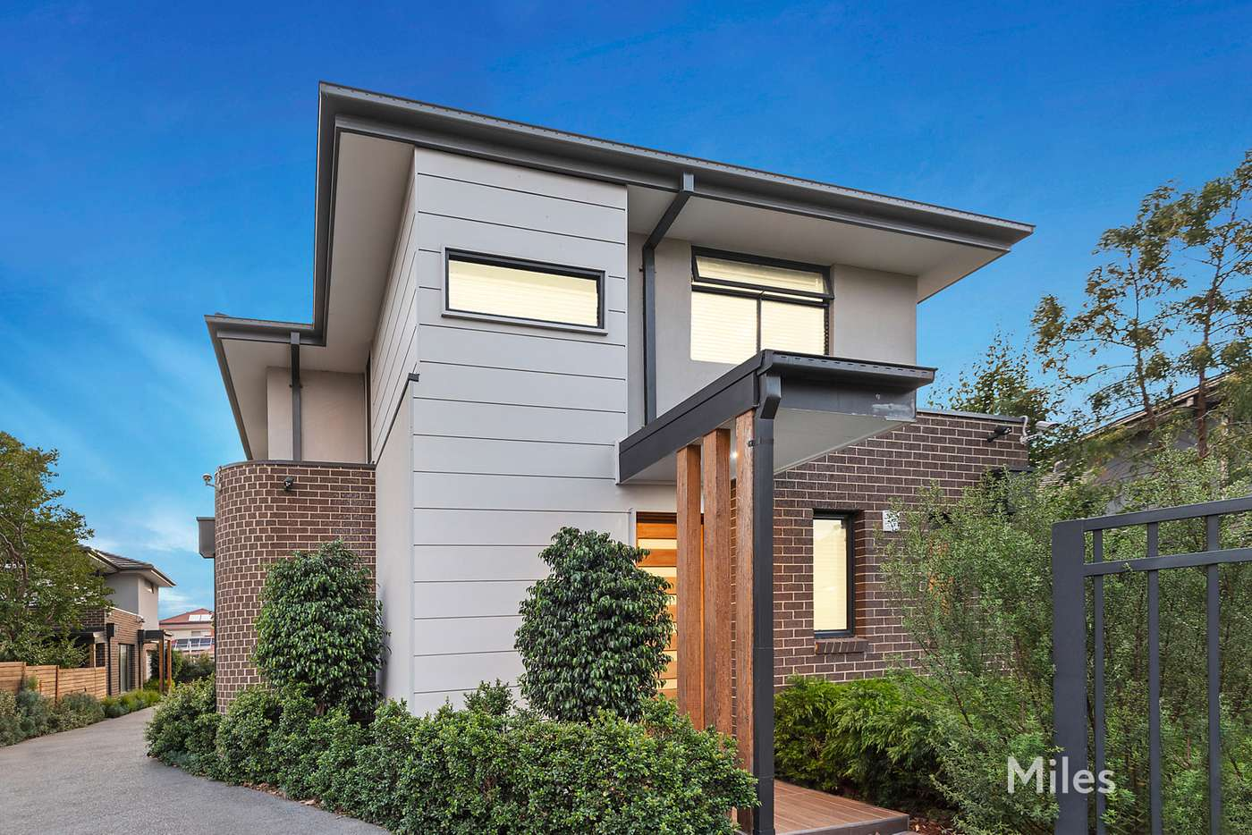 Main view of Homely townhouse listing, 1/117 Beatty Street, Ivanhoe VIC 3079