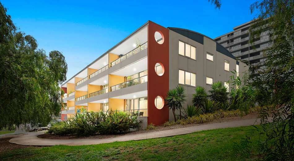 31/2 Saltriver Place, Footscray VIC 3011