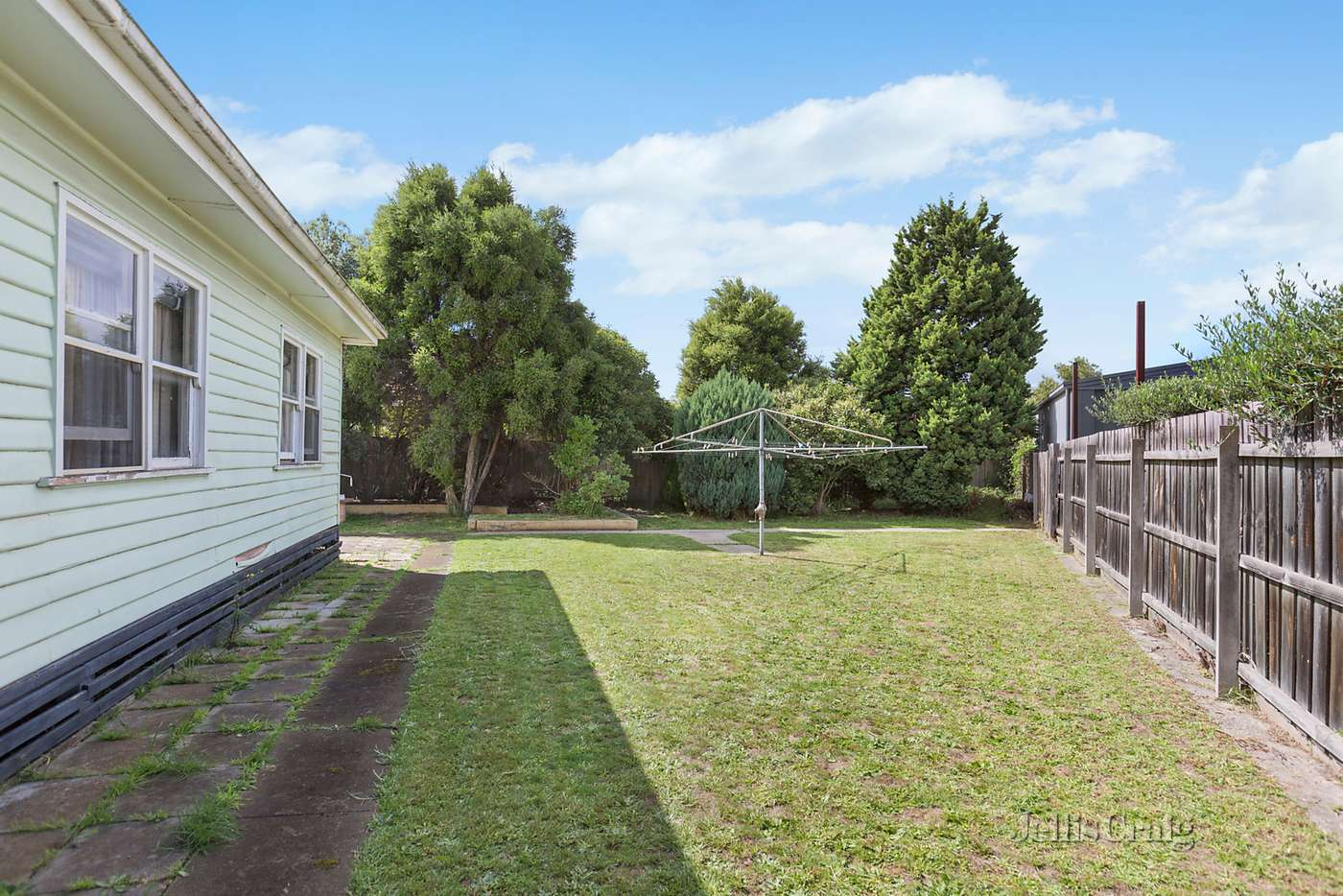 Fifth view of Homely house listing, 4 Paula Court, Oakleigh South VIC 3167