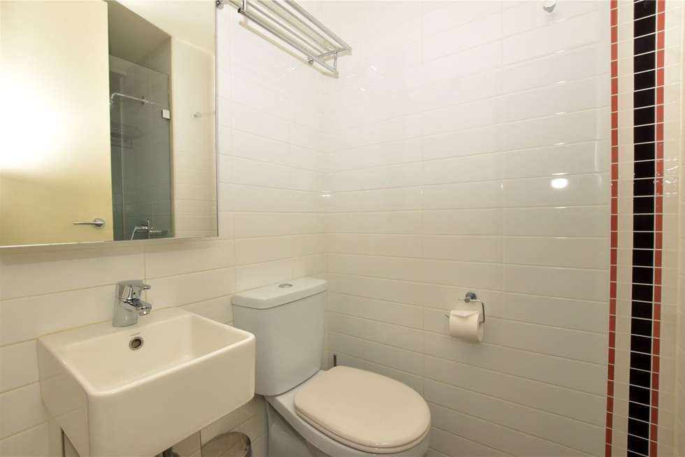Third view of Homely studio listing, 504/181 ABeckett Street, Melbourne VIC 3000