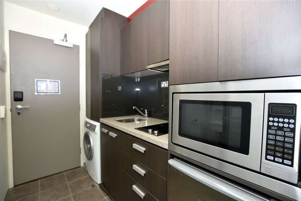 Fourth view of Homely studio listing, 608/181 ABeckett Street, Melbourne VIC 3000