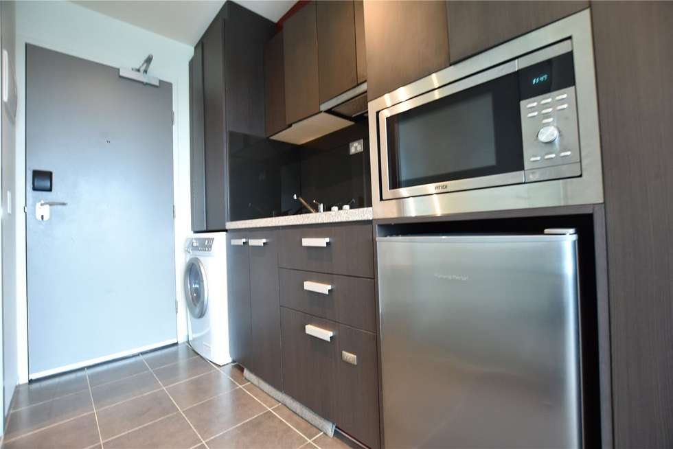 Second view of Homely apartment listing, 2703/181 ABeckett Street, Melbourne VIC 3000
