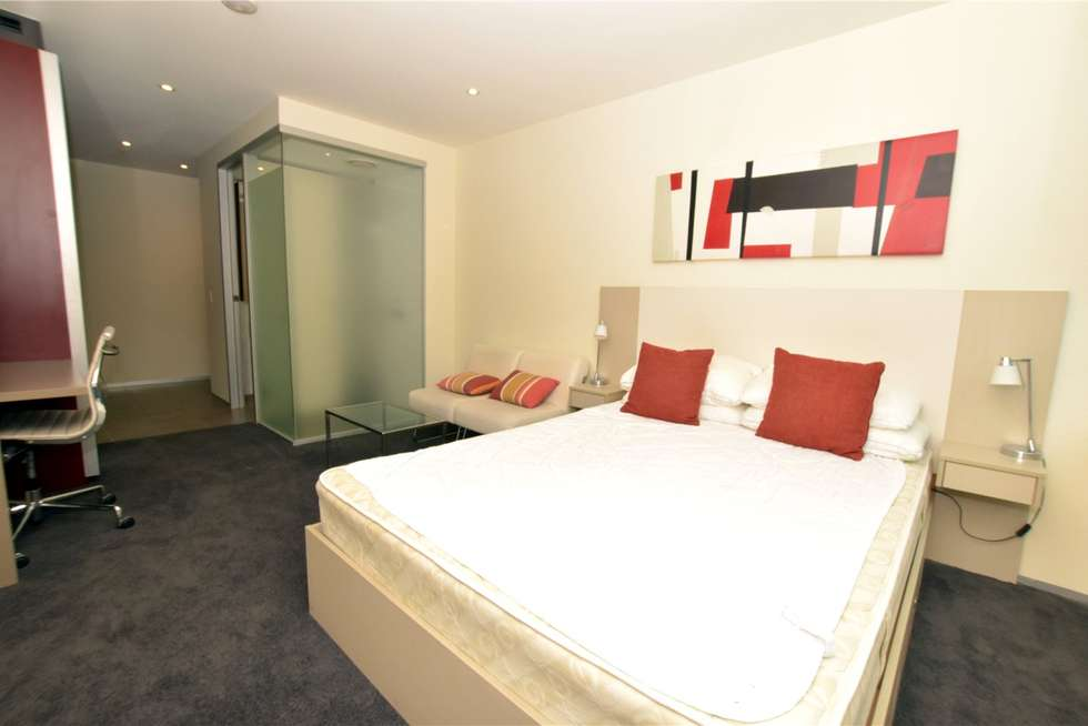 Third view of Homely studio listing, 406/181 ABeckett Street, Melbourne VIC 3000