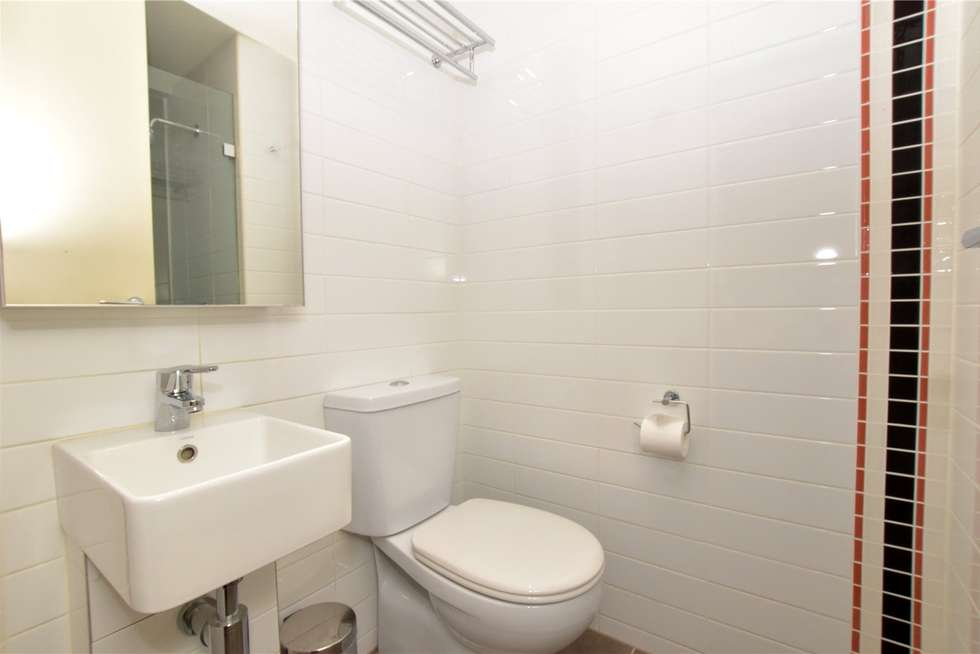 Fourth view of Homely studio listing, 406/181 ABeckett Street, Melbourne VIC 3000