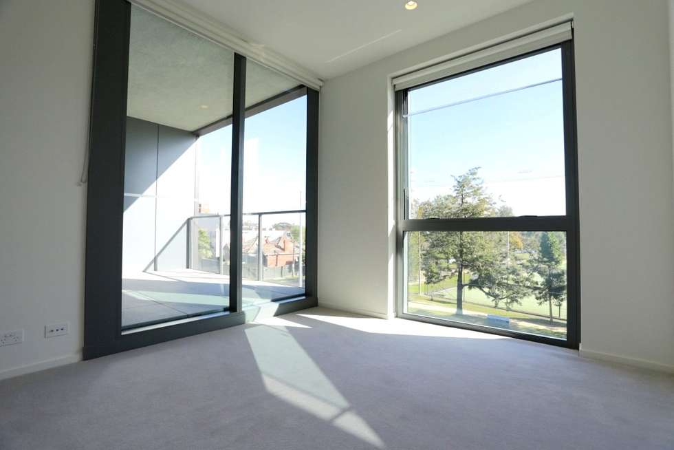Fifth view of Homely apartment listing, 304/1 Evergreen Mews, Armadale VIC 3143
