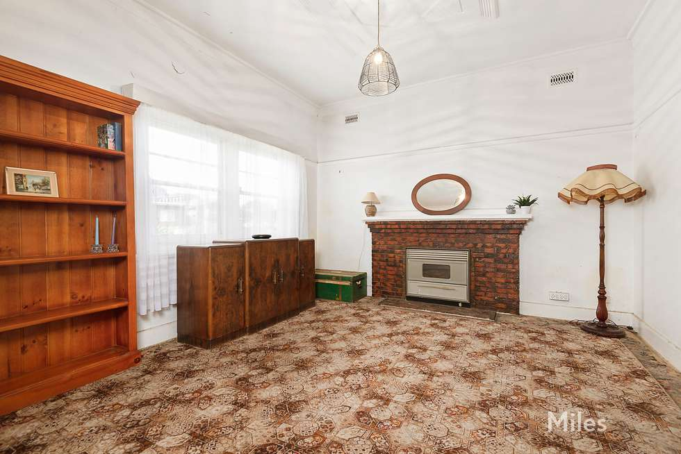 Second view of Homely house listing, 262 Waterdale Road, Ivanhoe VIC 3079