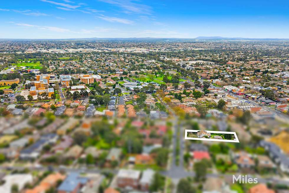 Fifth view of Homely house listing, 28 Forster Street, Ivanhoe VIC 3079