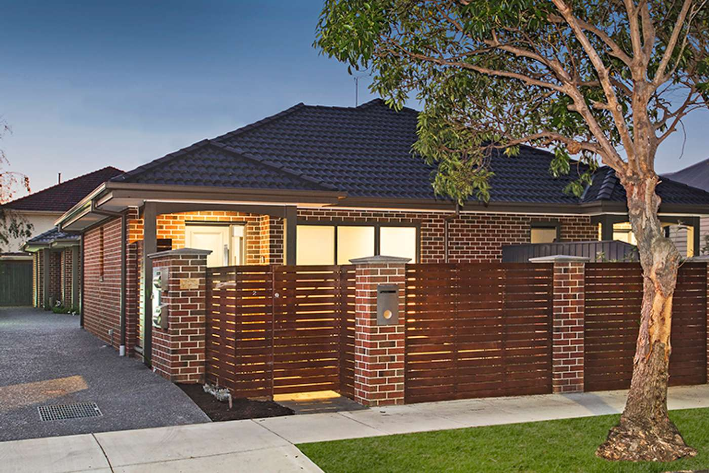 Main view of Homely unit listing, 2/28 Belsize Avenue, Carnegie VIC 3163