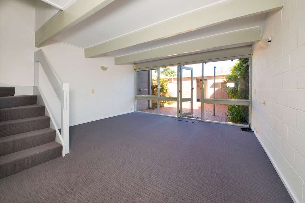 Second view of Homely townhouse listing, 5/89 Neerim Road, Glen Huntly VIC 3163