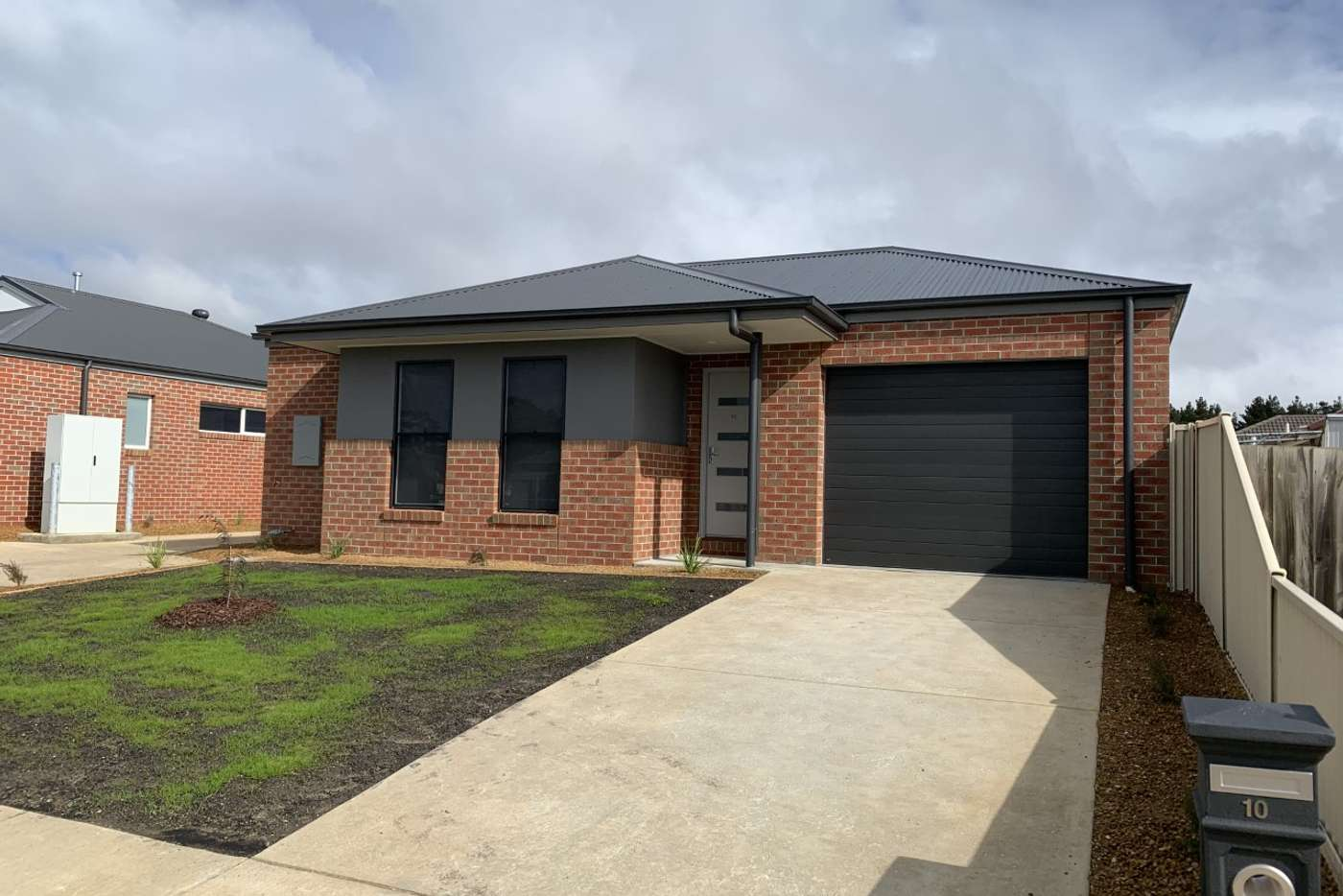 Main view of Homely townhouse listing, 10/916 Geelong Road, Mount Clear VIC 3350