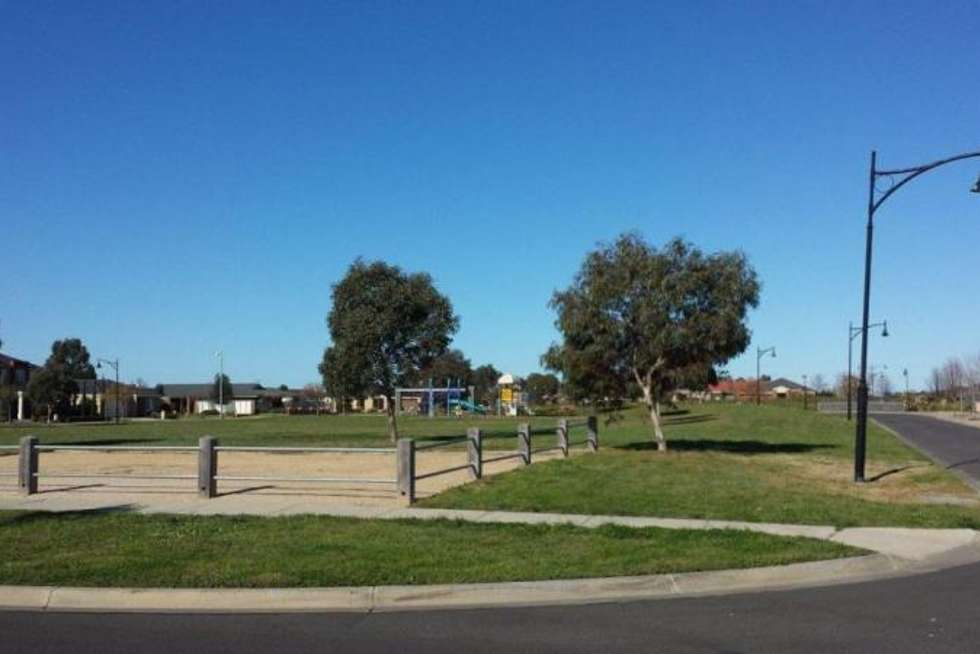 Second view of Homely house listing, 102 Rose Grange Boulevard, Tarneit VIC 3029
