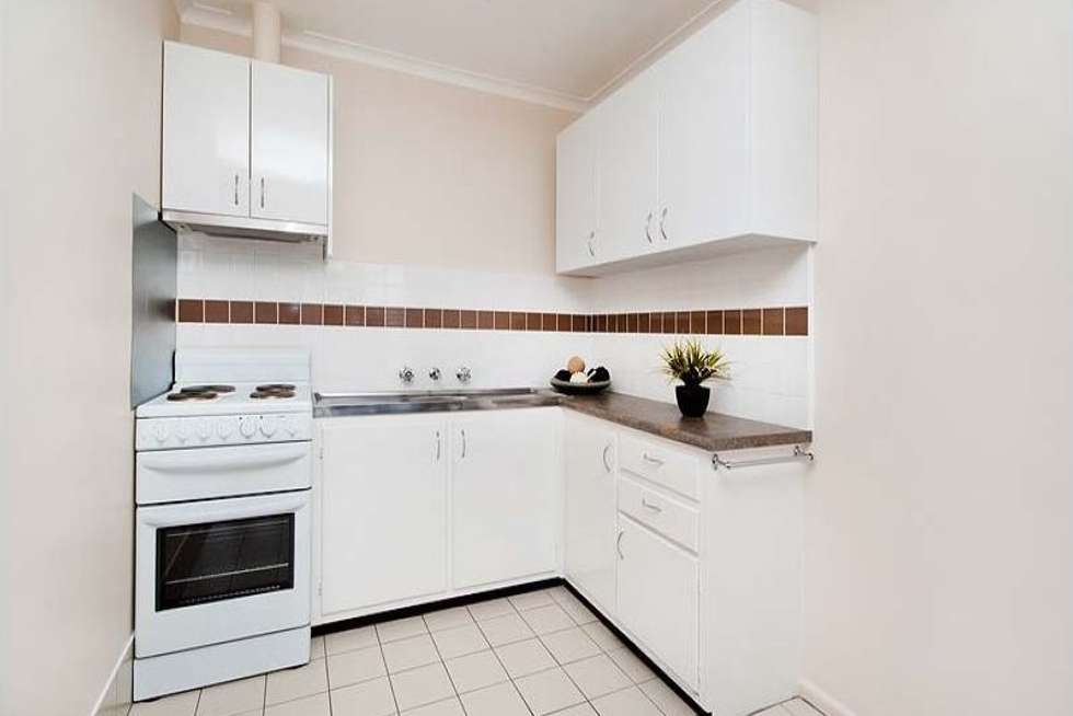 Fifth view of Homely apartment listing, 11/15 Kemp  Street, Thornbury VIC 3071