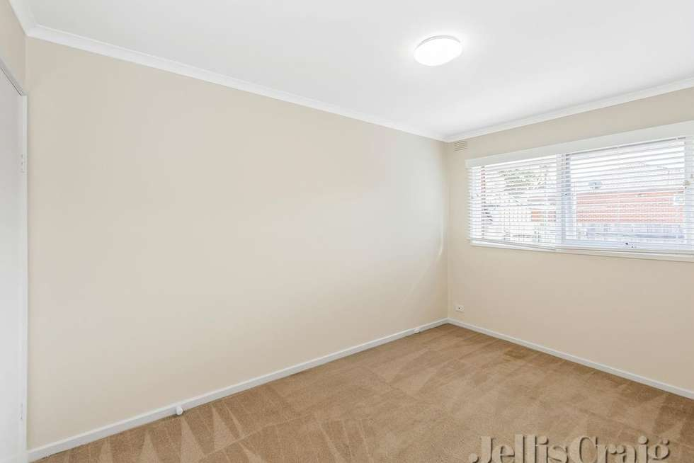 Fifth view of Homely unit listing, 2/17 Delacombe Court, Cheltenham VIC 3192