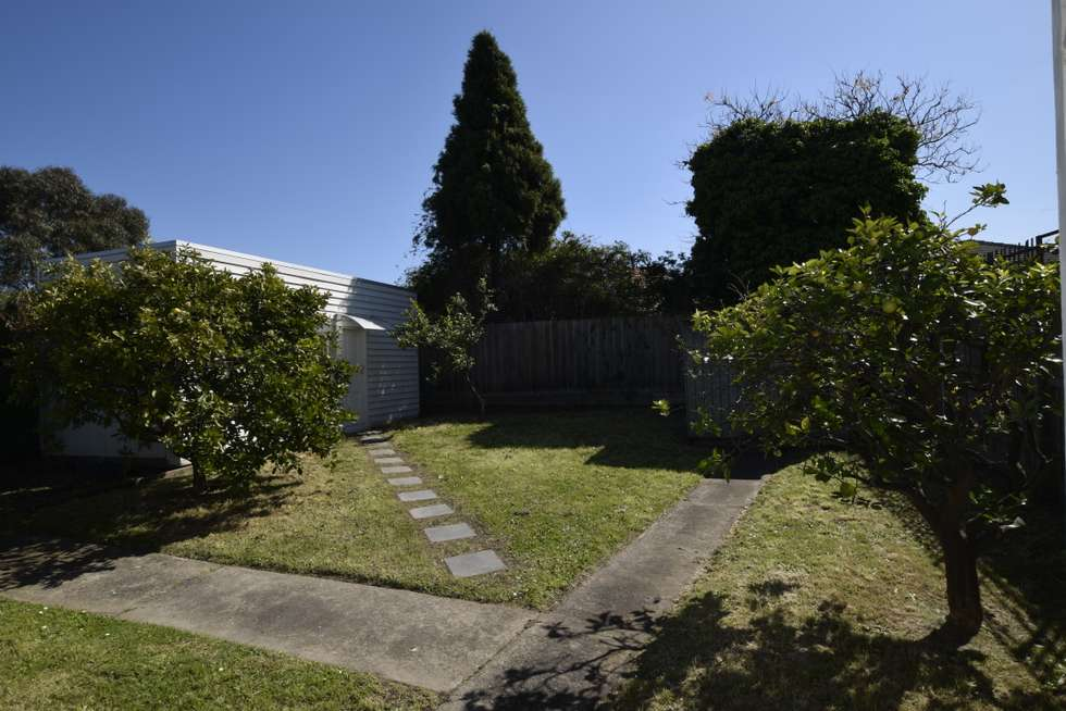 Fifth view of Homely house listing, 1 Kallista Court, Preston VIC 3072