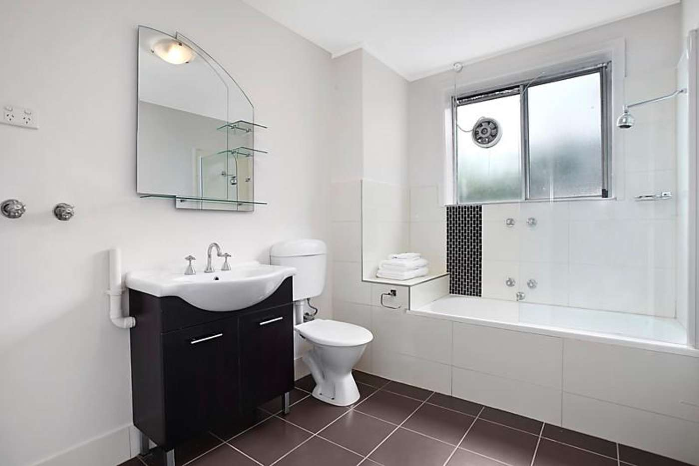 Sixth view of Homely apartment listing, 2/86 Collins Street, Thornbury VIC 3071