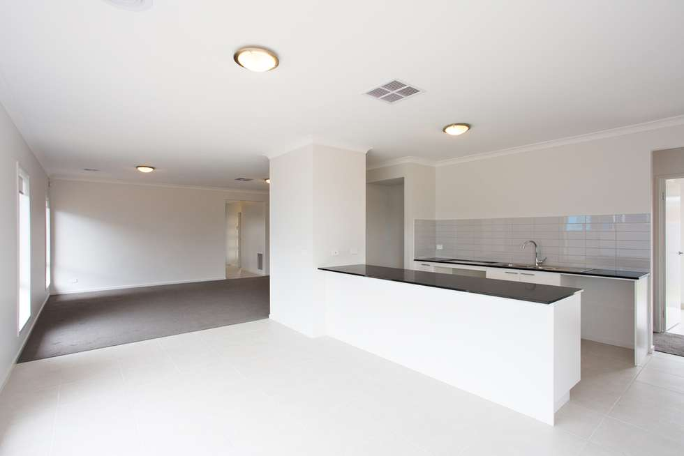 Fourth view of Homely house listing, 10 Kalamata Avenue, Alfredton VIC 3350