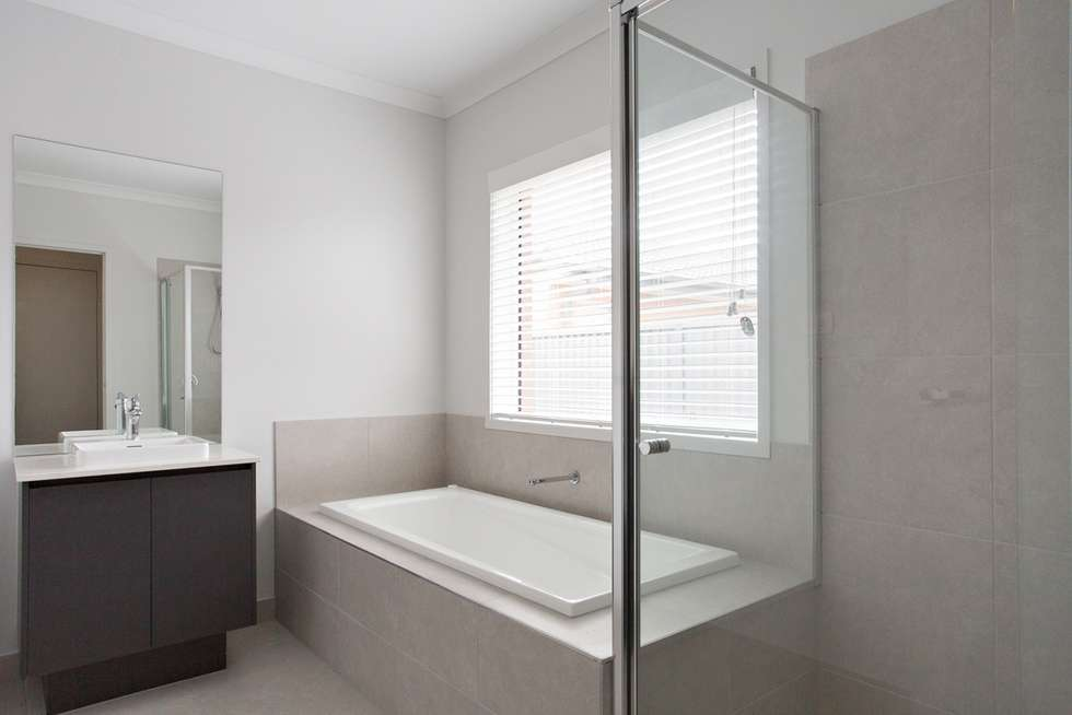 Fifth view of Homely house listing, 10 Kalamata Avenue, Alfredton VIC 3350