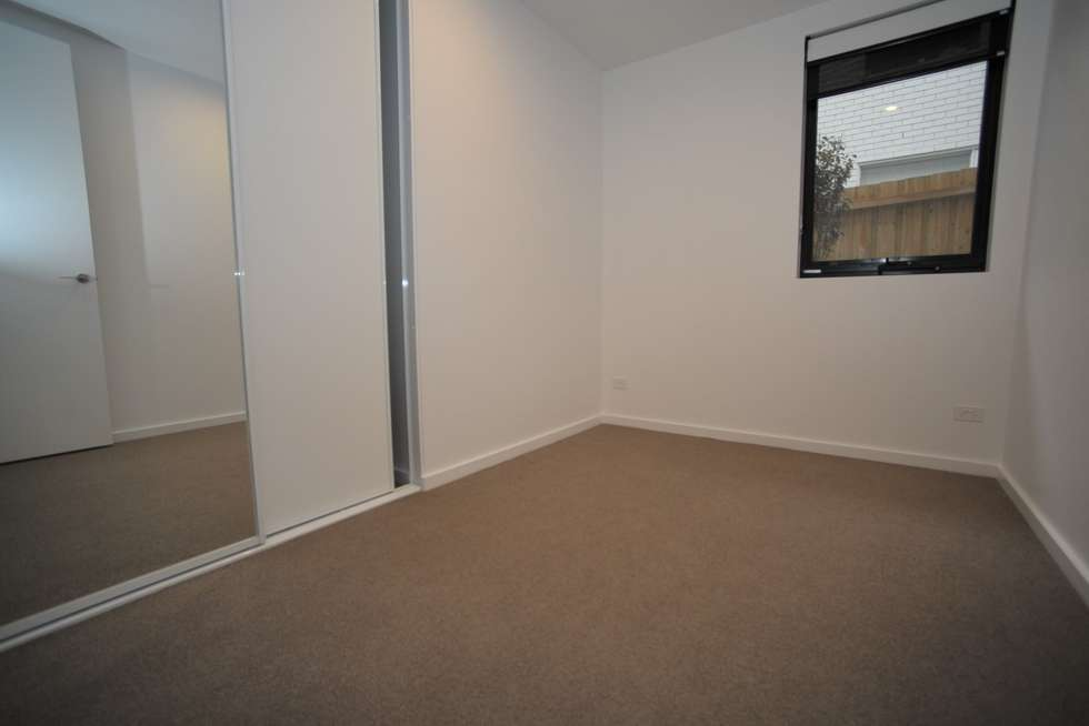Fifth view of Homely apartment listing, 5/25 Belmont Avenue North, Glen Iris VIC 3146