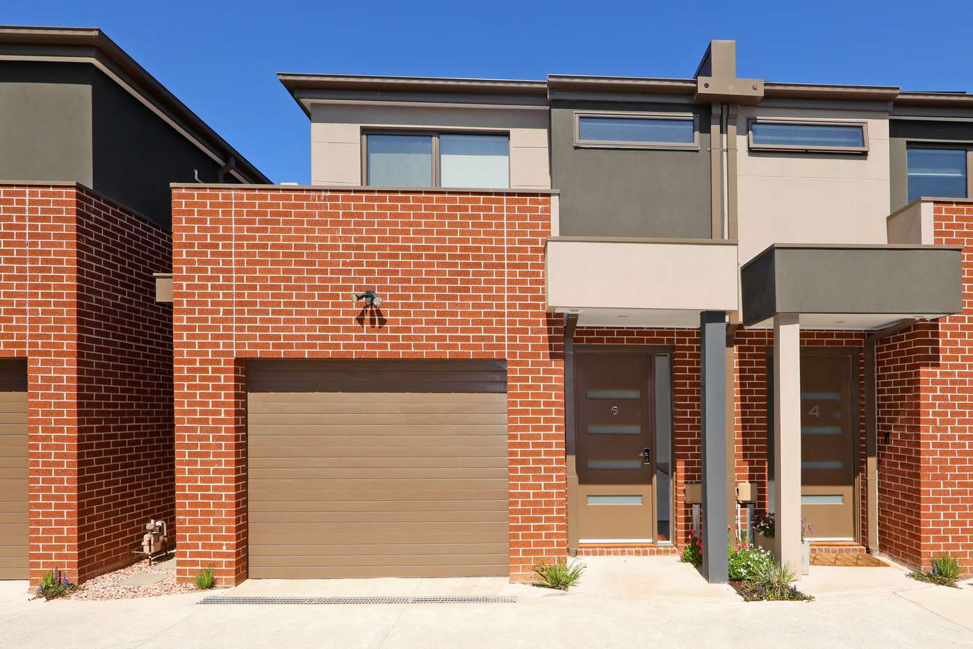Main view of Homely townhouse listing, 6/18 Hawthory Road, Kilsyth VIC 3137