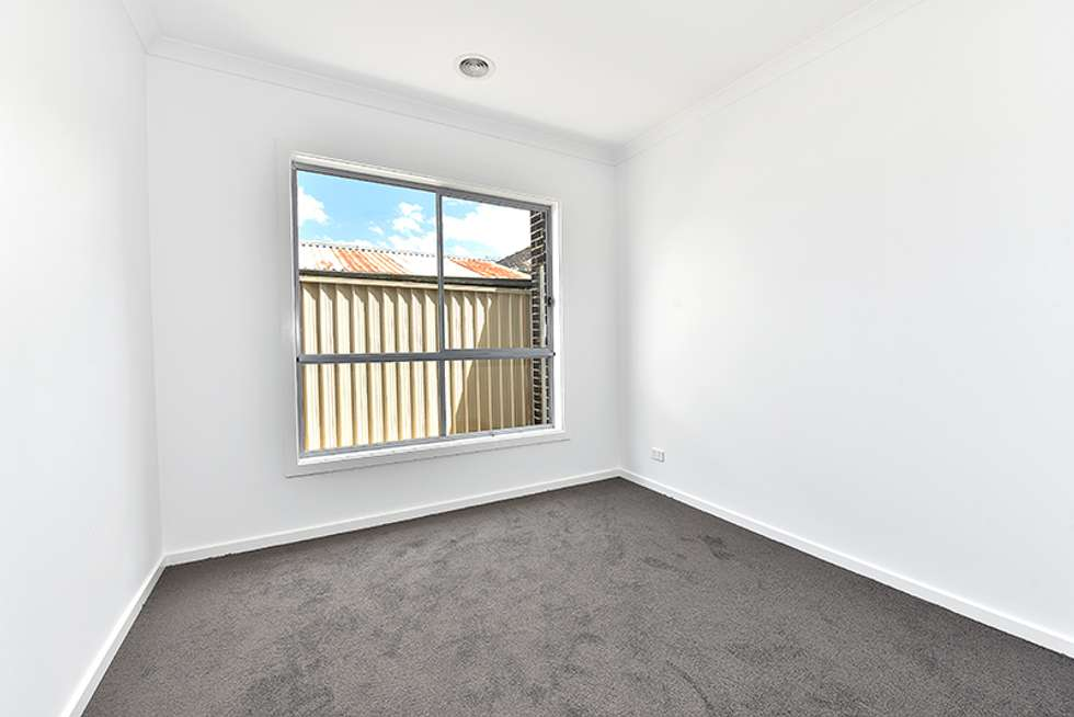 Fifth view of Homely unit listing, 2/12 Highlands Avenue, Airport West VIC 3042
