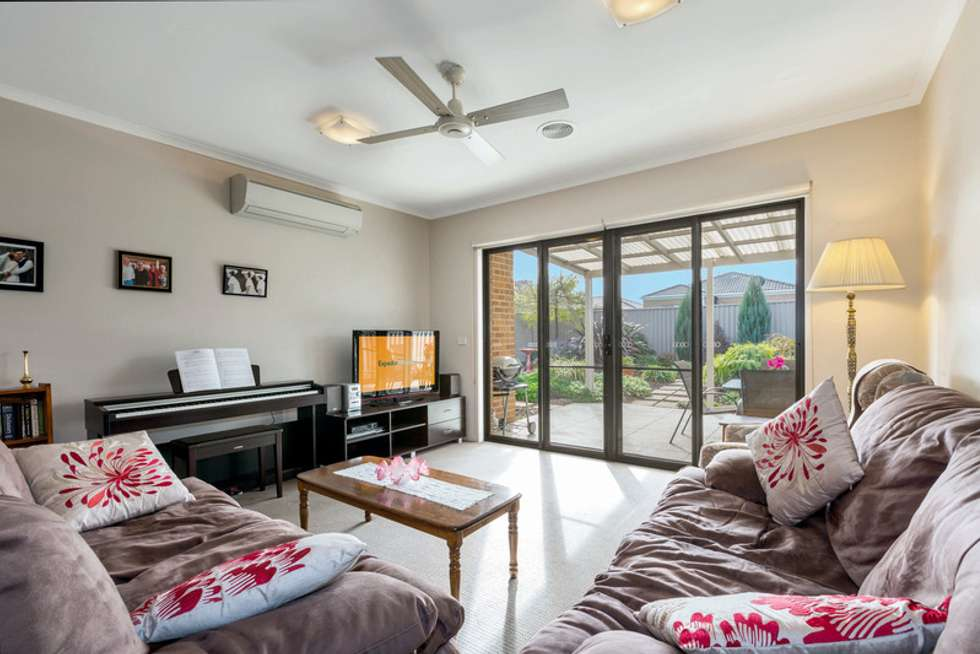 Fifth view of Homely house listing, 21 Echo Place, Alfredton VIC 3350