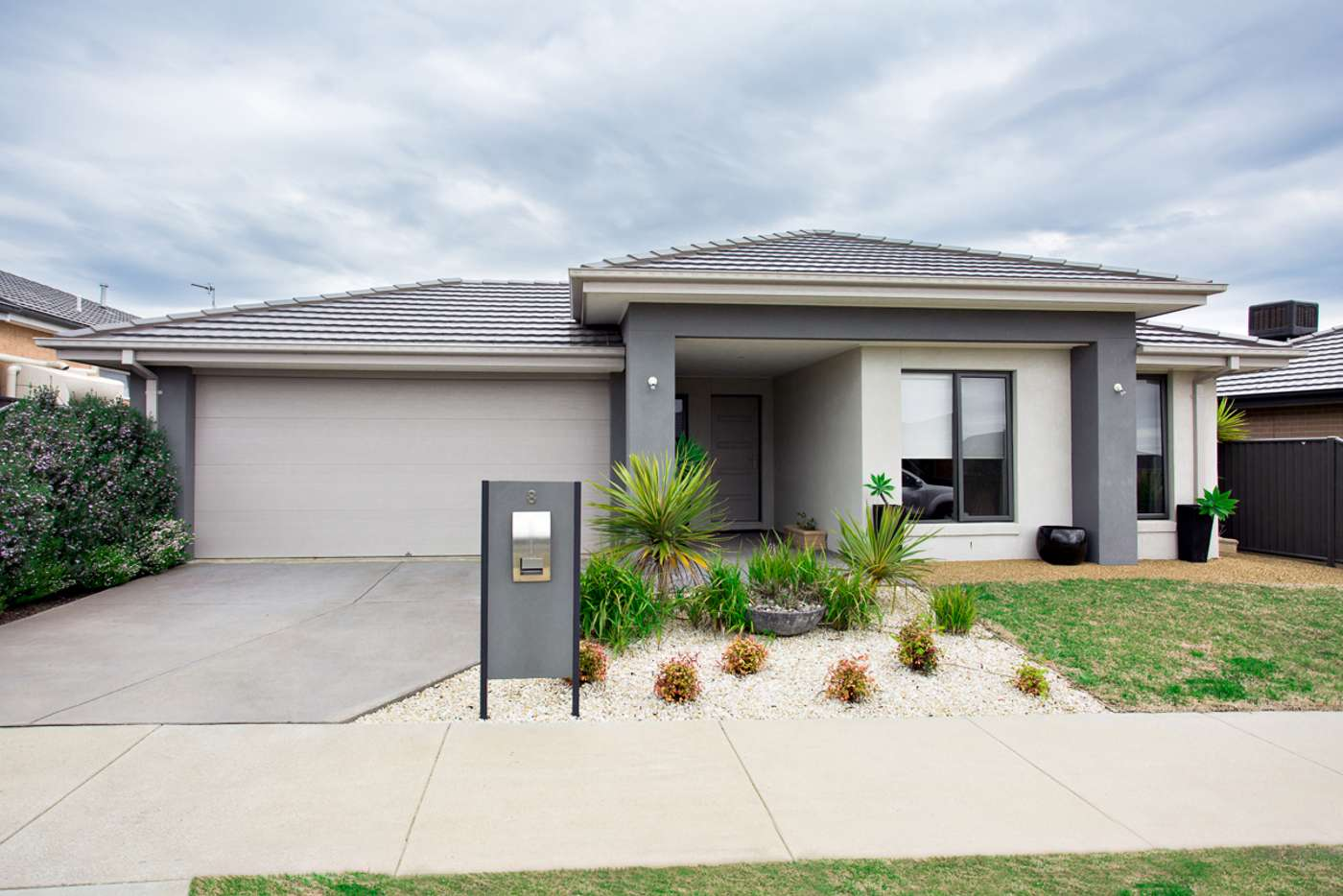 Main view of Homely house listing, 8 Lumsden Way, Alfredton VIC 3350