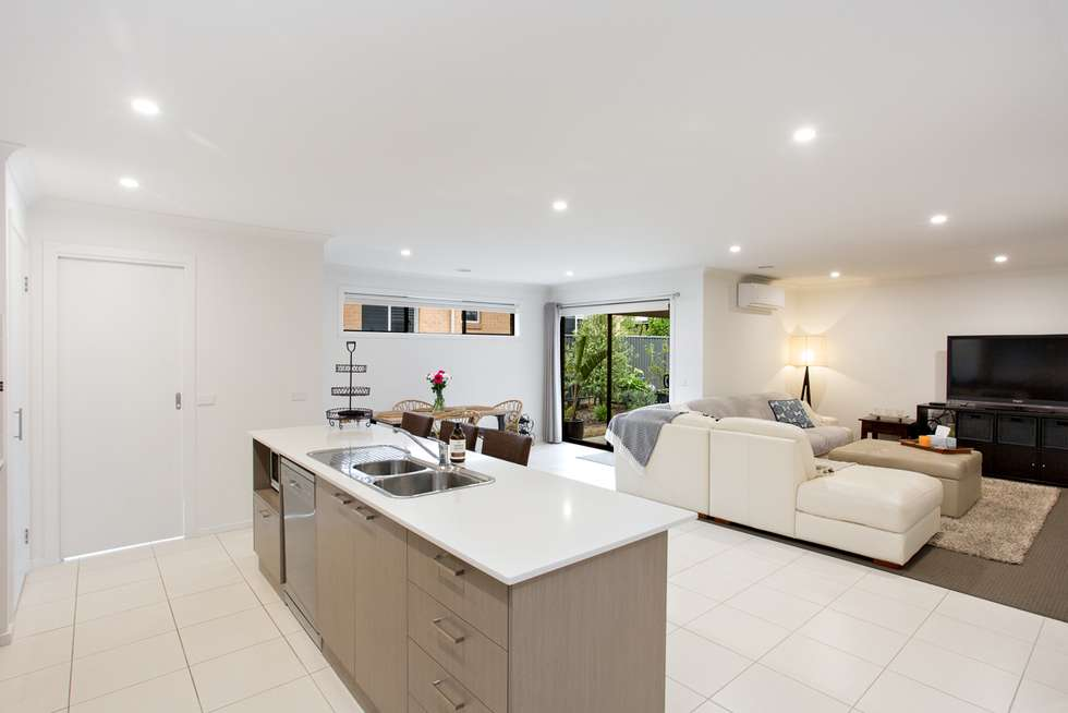 Fourth view of Homely house listing, 8 Lumsden Way, Alfredton VIC 3350