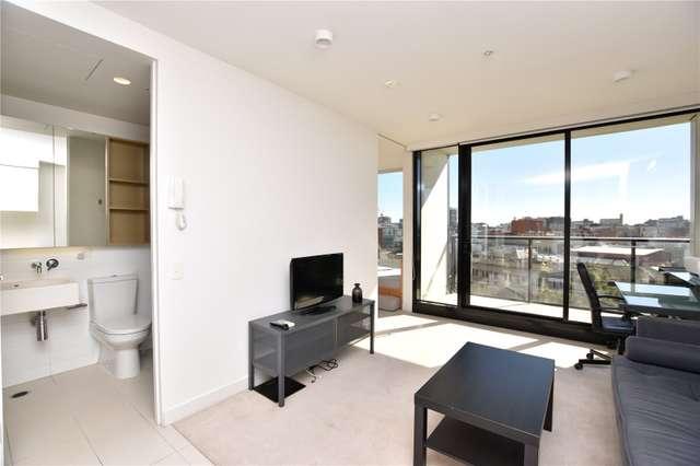 704/33 Mackenzie Street, Melbourne VIC 3000