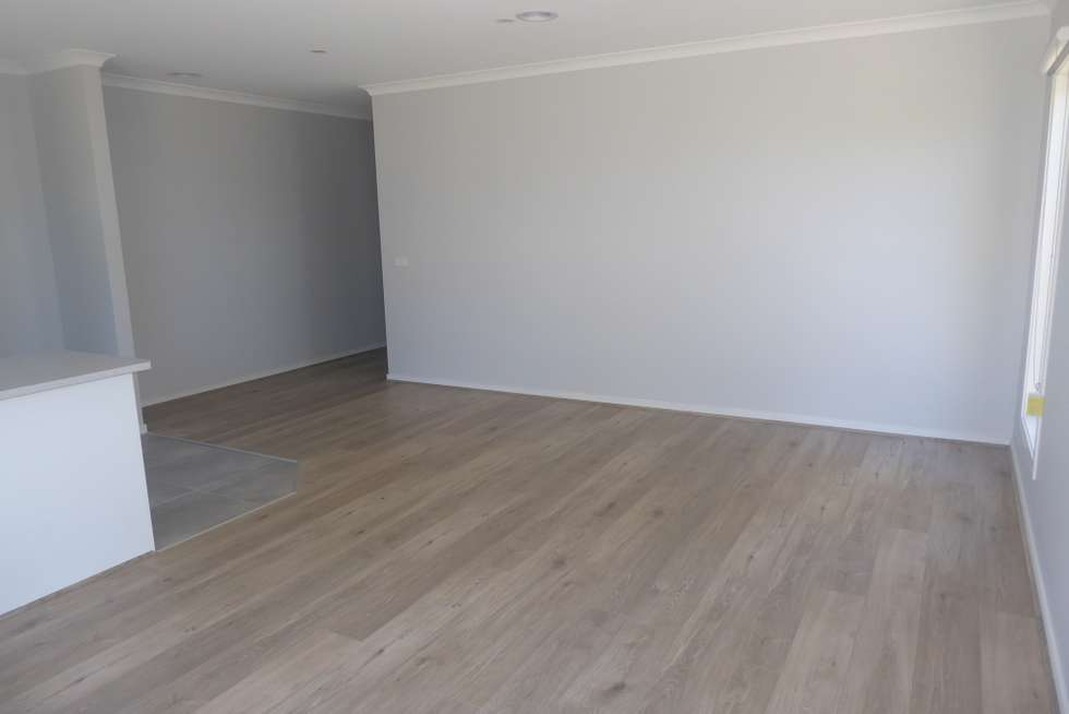 Fifth view of Homely townhouse listing, 3/21 Cameron  Way, Pakenham VIC 3810